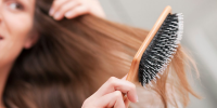 ۱۰ داروی خانگی برای موهای خشک و آسیبدیده