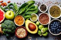 چه مواد غذایی برای جلوگیری از جوش زدن مفید هستند؟