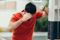 علت بروز سردردهای فصلی چیست؟