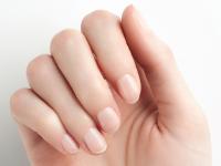 ایجاد لکه سفید روی ناخنها چه دلایلی دارد؟