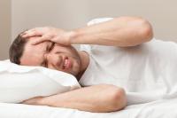 از علت تا درمان سردردهای صبحگاهی