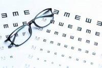اپتومتریست یا چشم پزشک ؛ پیش کدوم برم ؟