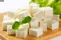 پنیر با وجود داشتن سدیم برای قلب مفید است