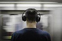 تخریب قدرت شنوایی با استفاده مکرر از هدفون