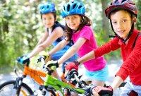 بهترین و مناسب ترین ورزشها برای سنین ۱ تا ۱۰ سال